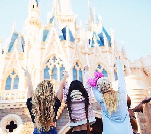 Top 5 Reasons to Join the Disney College Program -