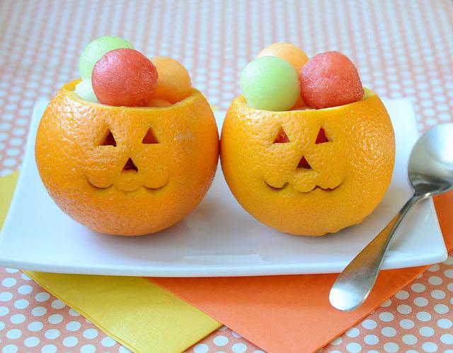 Snack-O-Lantern Fruit Cups -