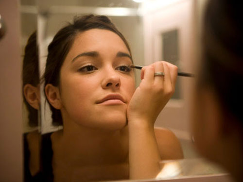 Got 99 Problems? Putting on Makeup Shouldn't Be One! -